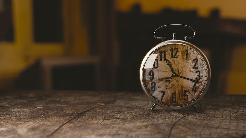 Milyen lenne egy kis időnélküliség az idő fogságában?